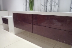 high gloss tv unit/table