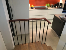 residential-leather-handrail